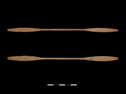 Double-bladed paddle