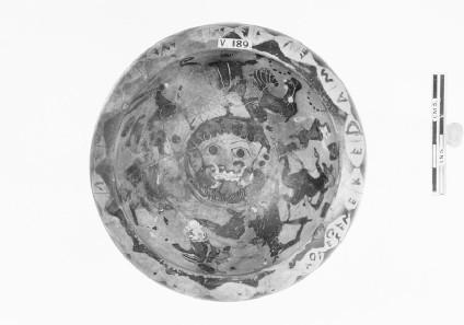Attic black-figure pottery stemmed dish depicting a mythological scene