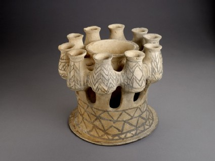 Kernos with ten containers and central bowl