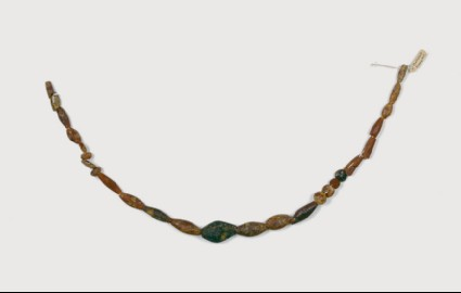 Necklace with amber beads