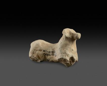 Figurine of a quadaped, perhaps a dog