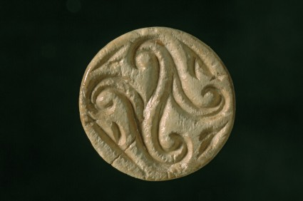 Conoid hippo ivory seal. Decorated with quatrefoil design