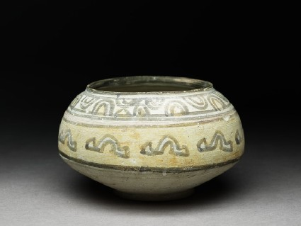 Bowl with geometric motif