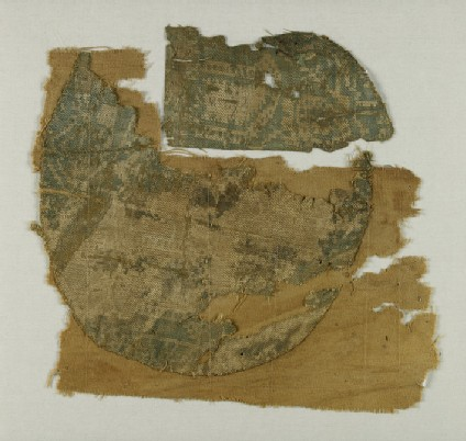 Textile fragment from a roundel