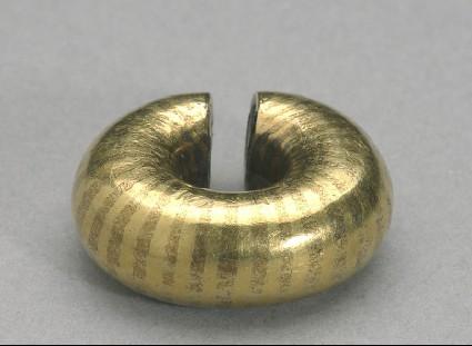 Hair ring, or ring money