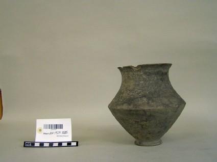 Carinated vase
