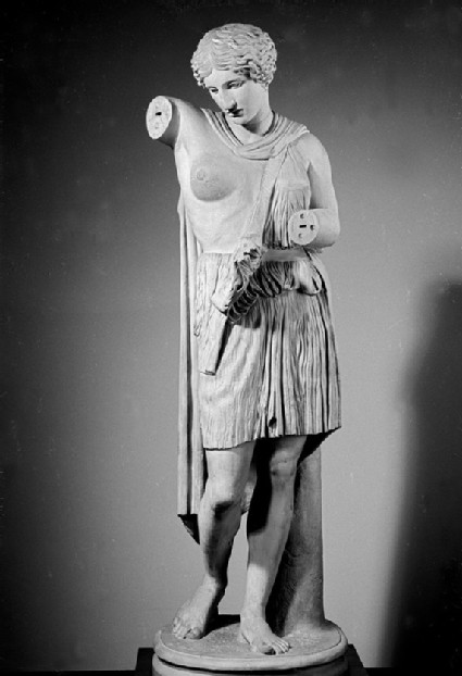 Cast of a statue of an Amazon in Capitoline type
