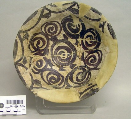 Bowl with spirals