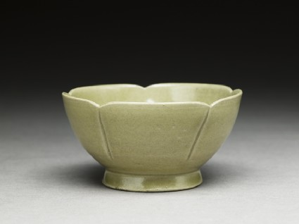 Greenware lobed bowl