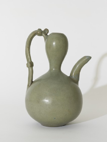 Greenware ewer in double-gourd form