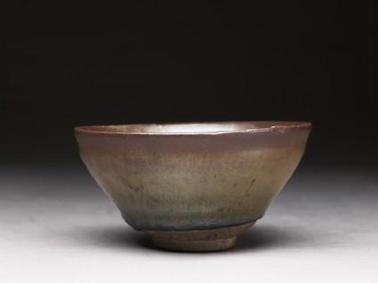 Black ware tea bowl with 'hare's fur' glazes