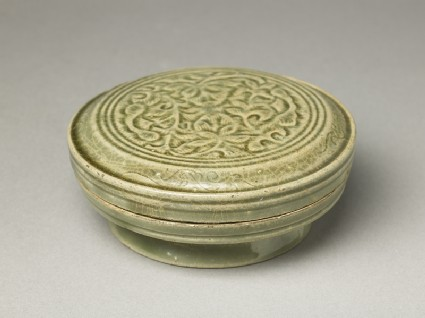 Greenware circular box and lid with floral design