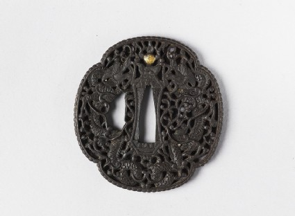 Mokkō-shaped tsuba with dragons entwined with tendrils