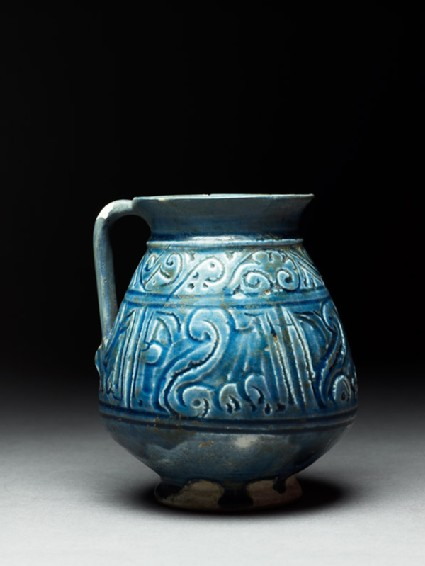 Jug with pseudo-inscription