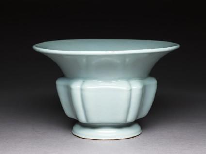 Jardiniere with green glaze