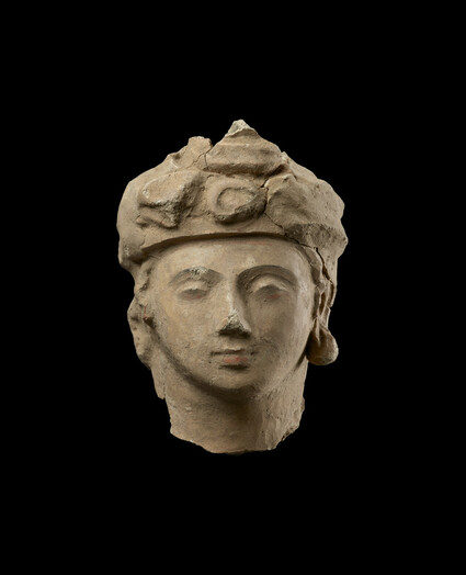 Head of a bodhisattva or a noble worshipper