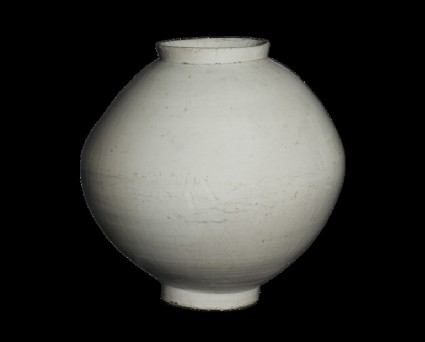 Moon jar with white glaze
