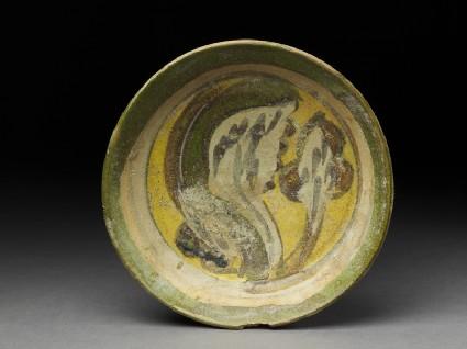 Dish with polychrome glazing