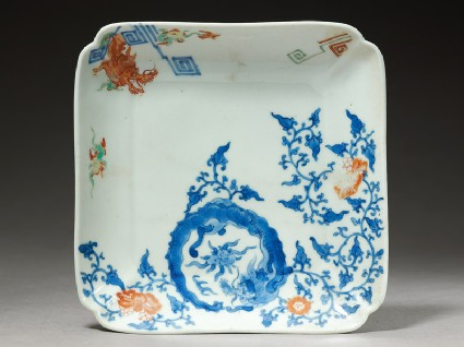 Square dish depicting a dragon chasing a flaming pearl