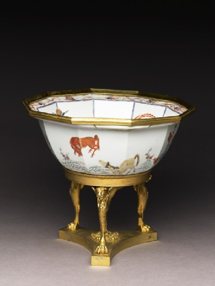 Bowl with horses and English Empire-style mounts