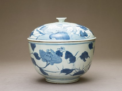 Bowl with peonies