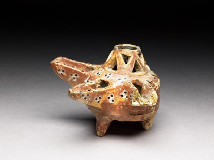 Oil lamp with triple dots