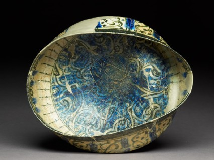 Bowl with arabesques