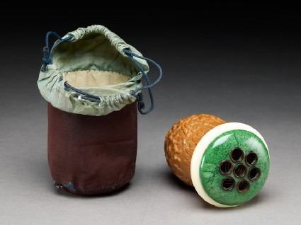 Gourd cricket cage with silk bag