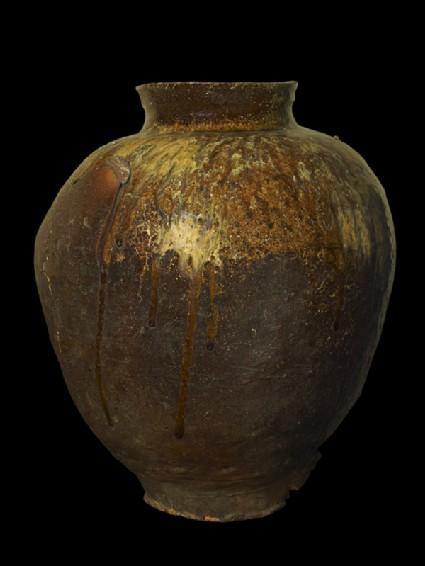 Storage jar with natural ash glaze