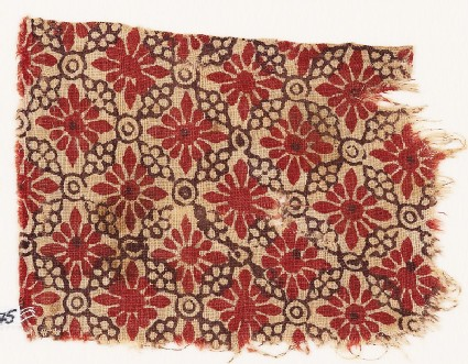 Textile fragment with rosettes, linked circles, and lobed leaves