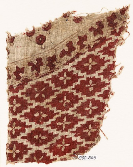 Textile fragment with diamond-shapes and quatrefoils