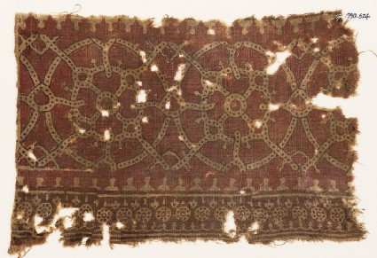 Textile fragment with interlocking circles