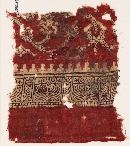 Textile fragment with tendrils, flowers, and arches