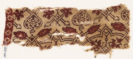 Textile fragment with interlacing tendrils, flowers, and hearts