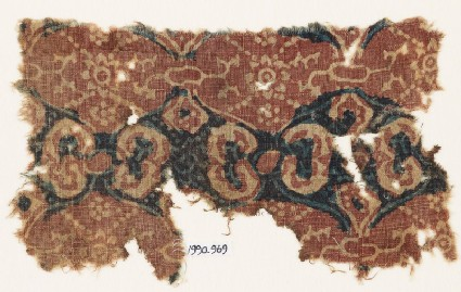 Textile fragment with linked medallions and rosettes