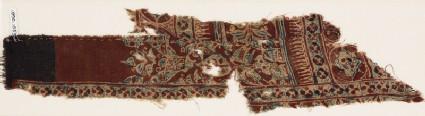 Textile fragment with quatrefoils and medallions