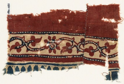 Textile fragment with vine, trefoils, and flowers