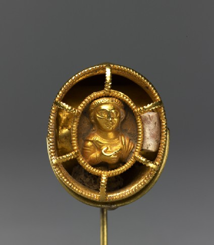 Ring with bust figure holding a wine cup