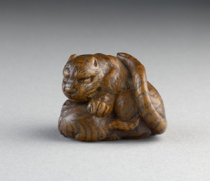 Netsuke in the form of a tiger and her cub