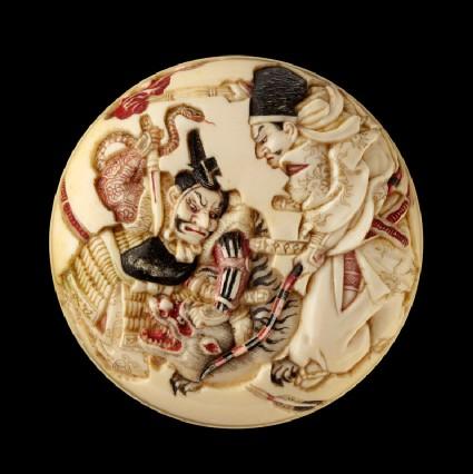 Manjū netsuke depicting Minamoto no Yorimasa and Ii no Hayata slaying the nue, a mythical creature