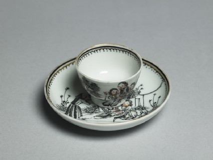 Miniature tea bowl and saucer