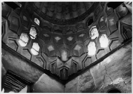 Mausoleum of Amir Tashtamur (Hummus Akhdar)