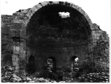 Khirbat Sandahanna: Byzantine church with 12th-c. nave