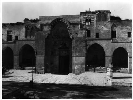 Bab al-Qattanin