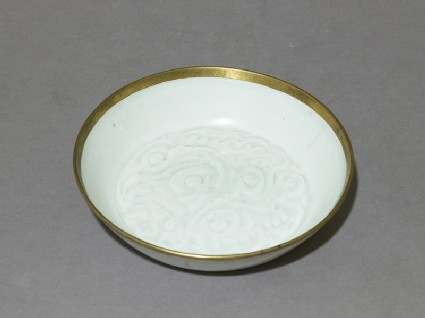 White ware dish with floral decoration