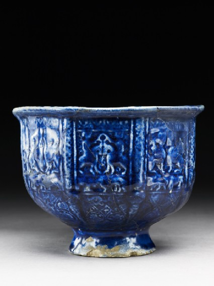 Bowl with paired sphinxes and horsemen