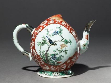 Wine or teapot with European silver mounts