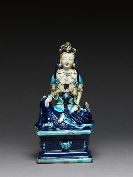 Fahua ware figure of a bodhisattva