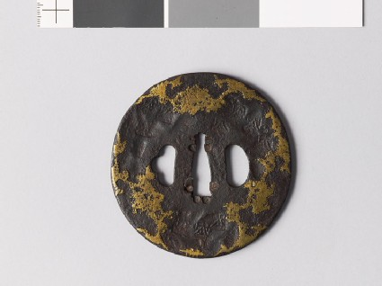 Tsuba with stylized snow decoration