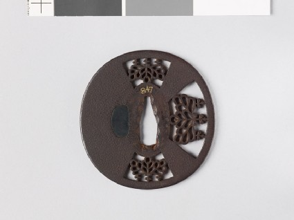 Tsuba with gosan-no-kiri, or paulownia leaves
